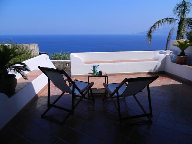 EOLIE: SALINA, ISLAND OF DREAMS - Santa Marina Salina - Rumah