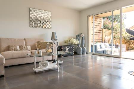 Prés Port luxe appartement terrasse - Porto-Vecchio - Wohnung