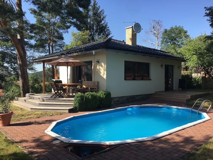 Luxusní prázdninový dům s bazénem