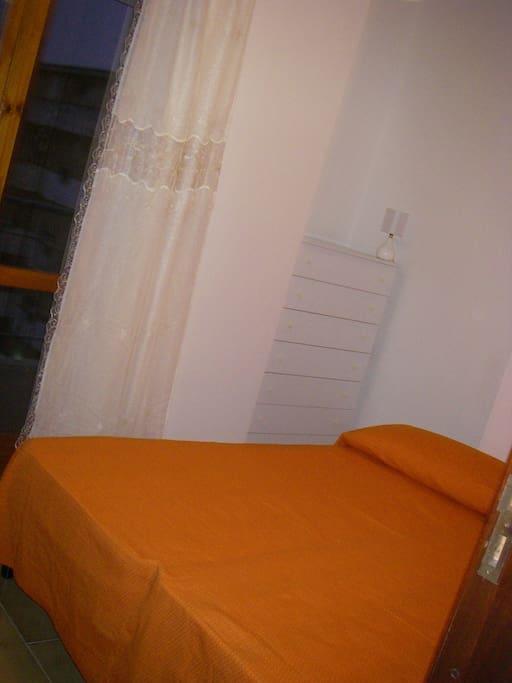 Спальная комната с 2-сп. кроватью
