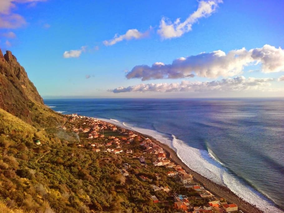 Paul do Mar a 300 year old fishing village and world class surfspot. Paradise between mountains & ocean!