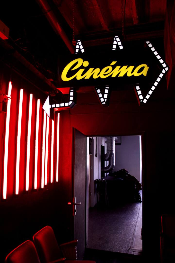 A hidden independent cinema