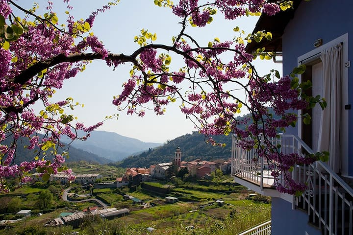 relax tra le colline con vista mare - Bargone