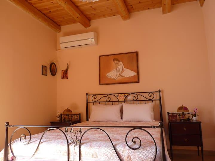 Elafonisos room