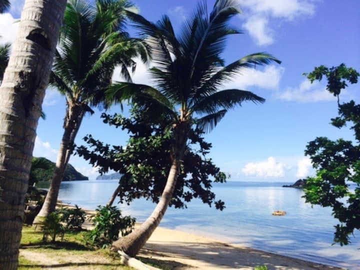 Beachfront Villa with Cottages Sleeps 14-16