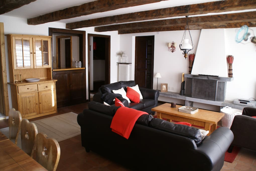 4 room apt oden in chalet valhalla appartements louer for Chambre a louer verbier