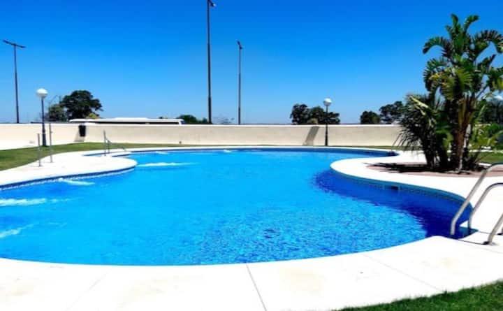 Precioso piso de lujo con piscina,garaje y wifi