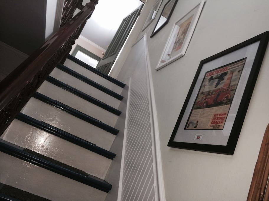 Stairway to haven/Users/joepantoliano/Pictures/iPhoto Library.photolibrary randy travis.photolibrary/Masters/2014/04/28/20140428-202816/468967_248009288643393_573538418_o.jpg