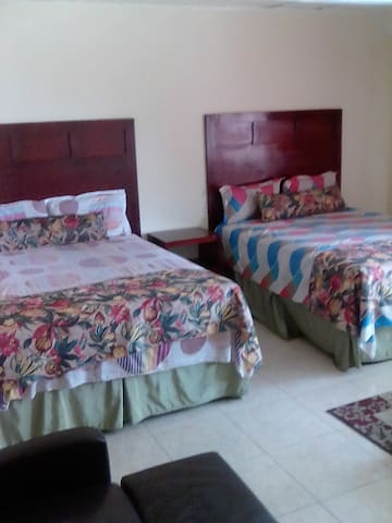 Room available for Reggae Sumfest 2018
