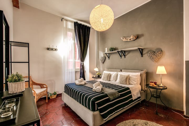 FLAT IN THE HEART OF ROME, HISTORY, FOOD AND FUN