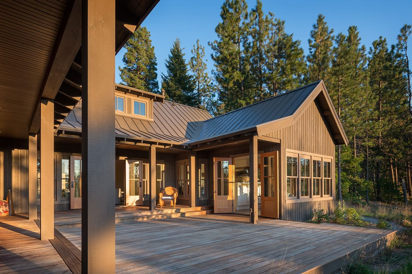 Sunny, west facing property overlooks the Cle Elum River Valley.