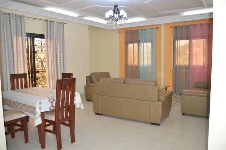 Appartements meublés à Tsinga - Yaoundé.