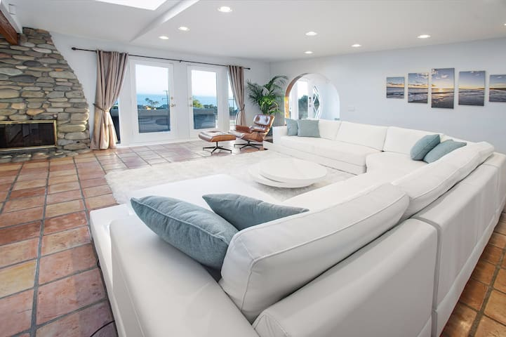 Enjoy lounging with close family and friends with the ocean breeze and magnificent view