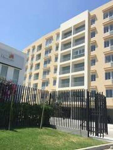 Departamento amoblado en piura - Piura - Apartament