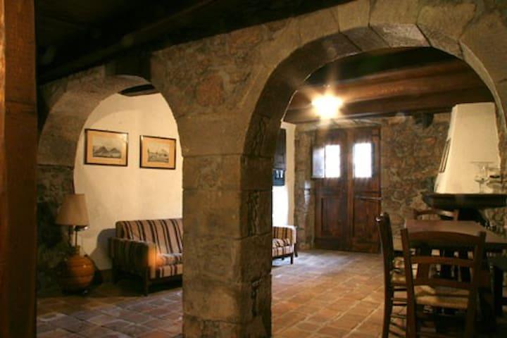 Amazing historical house Sardinia - Santu Lussurgiu - Ev