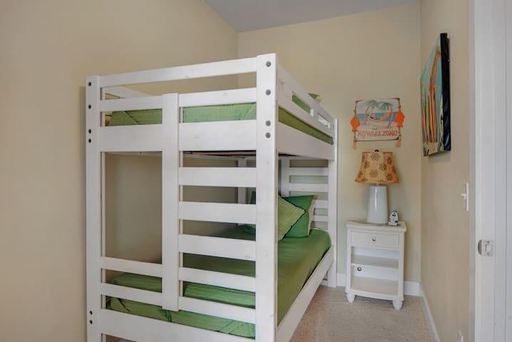 Upstairs bonus bunk room