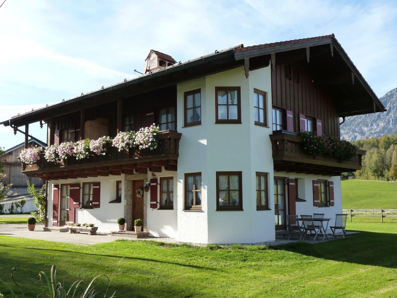 Freistehendes Ferienhaus mit 3 Einheiten. Auf Gut Kollmannsbrunn