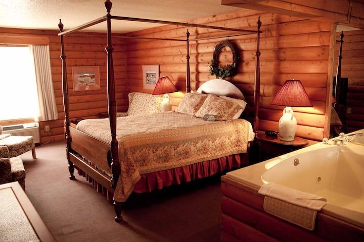 Vintage Jacuzzi Suite in Mequon