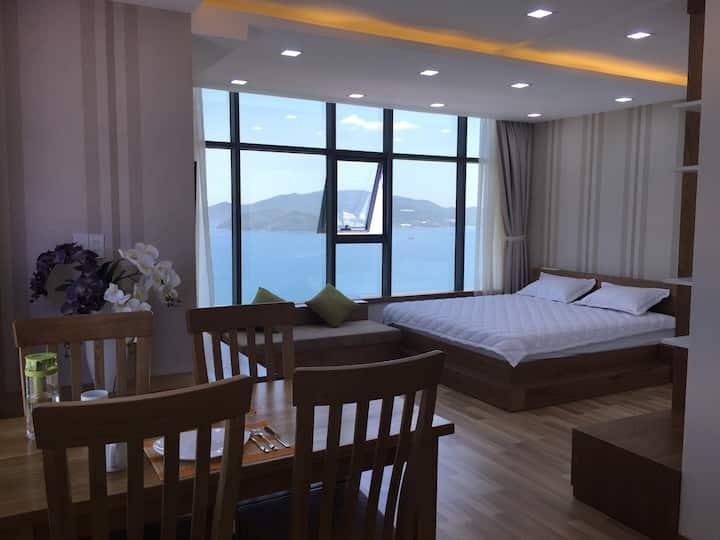 A beachfront apartment by Nha Trang bay