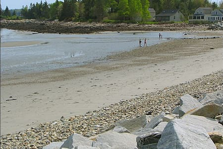 Crescent_Beach_Cottage - Owls Head - Kabin
