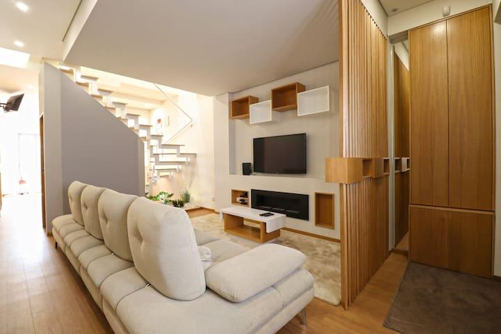 Ribeira House - Casa no Centro da Cidade de Viana
