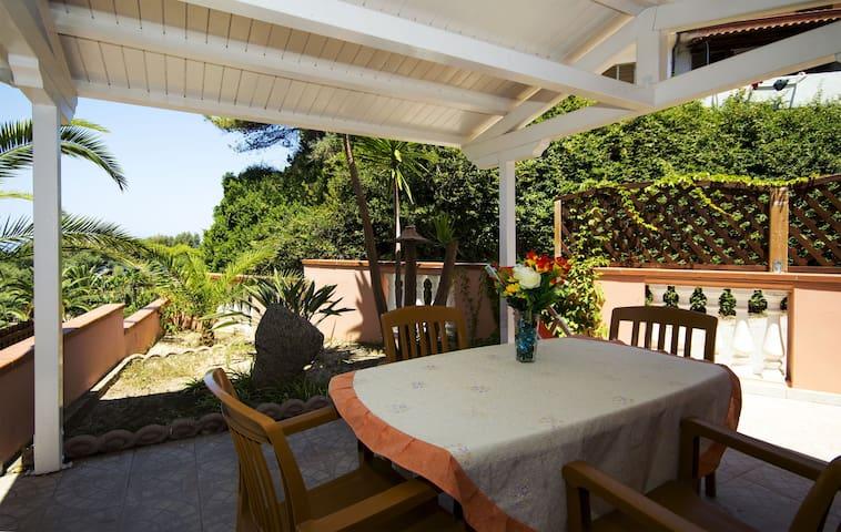 Bilocale 4 posti in residence sul mare - Marina di Zambrone