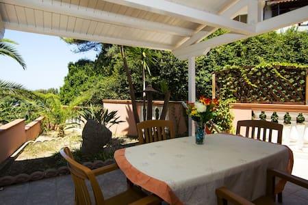 Bilocale 4 posti in residence sul mare - Marina di Zambrone - Bungalow