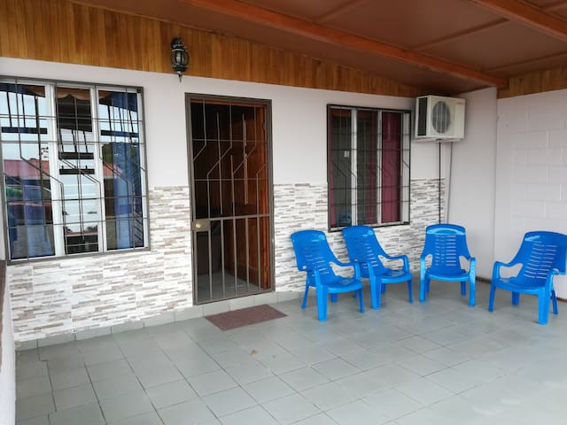 #4 Fully Equipped Apartment Downtown La Fortuna