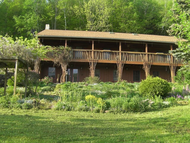 Reynolds Farm Lodge