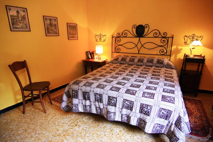 CasaVisconti-Moscato, tra le colline dell' UNESCO