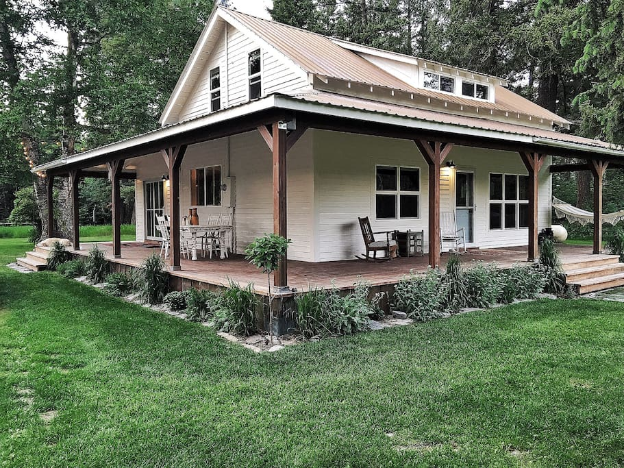 Crane Mountain Cottage Houses For Rent In Bigfork