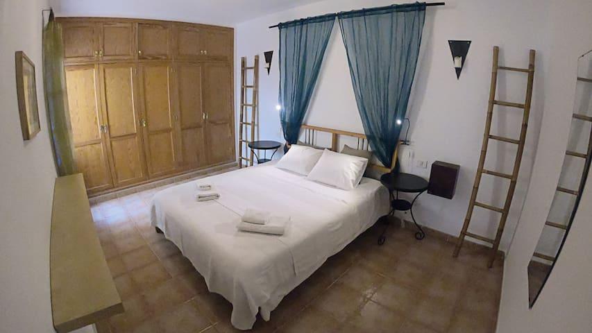 Cozy apartment close to Famara beach