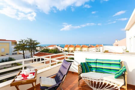 NEW! Stylish 3BR Triplex overlooking the ocean! - Torres Vedras - Huoneisto