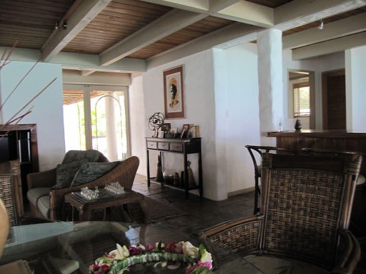 Titikaveka Beachfront home