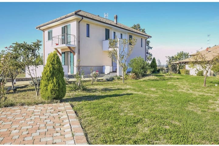 Quintessential Holiday Home in Carentino near Fubine Golf Course