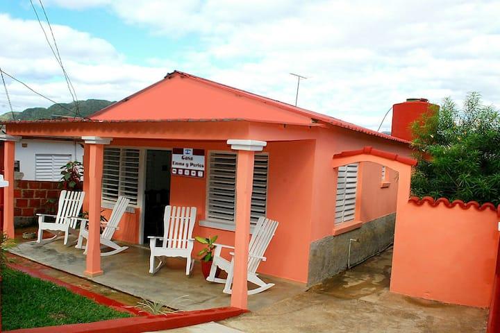 Casa Perico y Enma (Habitacion 1)