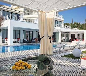 Villa Gaia: the ultimate luxury - Kerkira