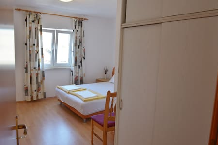 Vacation home - Harry 1 - sleeps 2 - Ravno