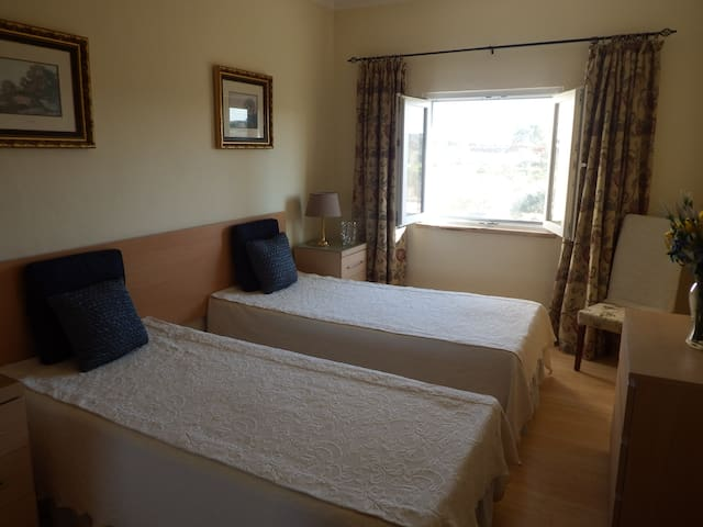 Bed room 3, 2 single beds
