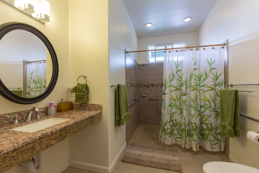Shared extra large shower with full bath and all ammenties