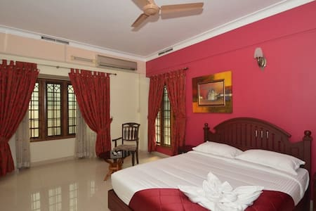 14 Square  Kakanad 1 - Kakkanad - Bed & Breakfast