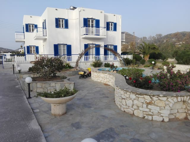 Anesis Rooms - Paros Island