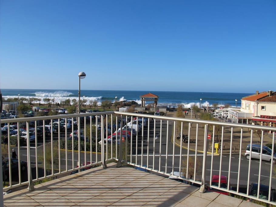 011 vue mer chambre d 39 amour flats for rent in anglet for Biarritz chambre d amour