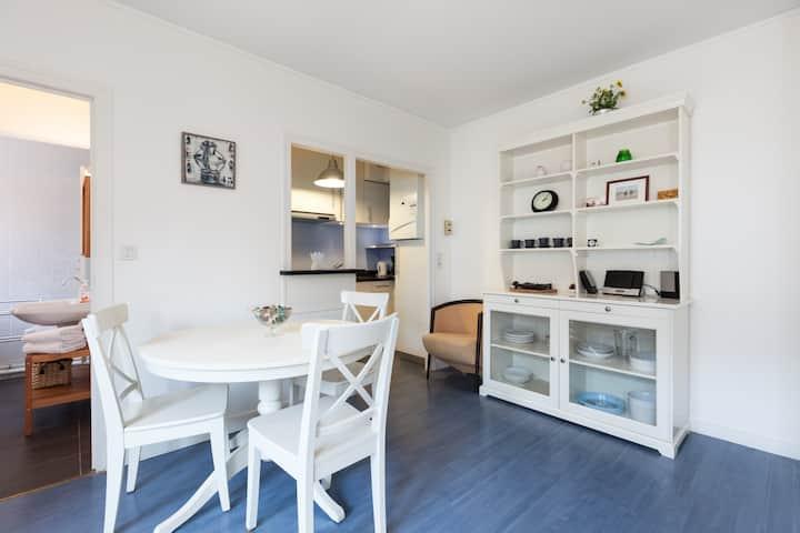 Studio Mimi intra-muros, possibilité de garage