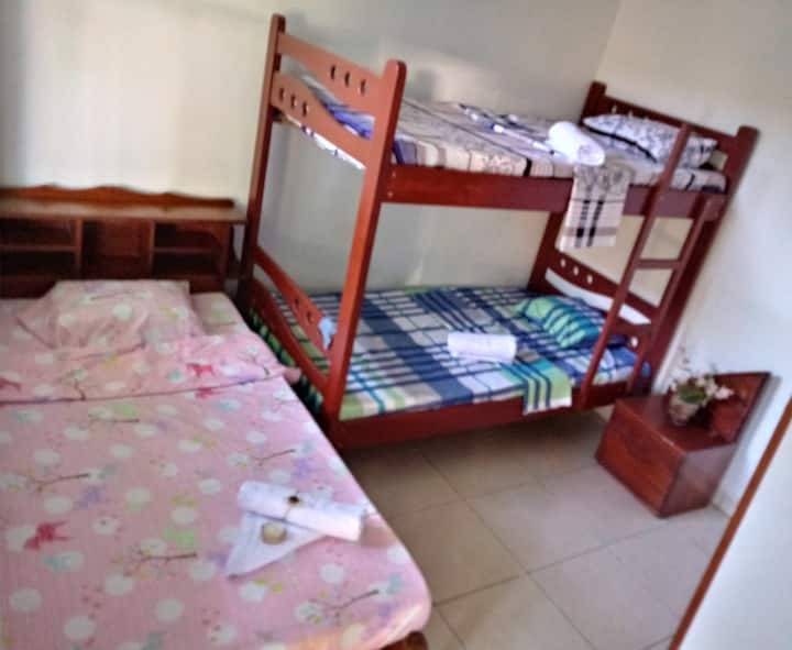 Kitara House Backpackers Hostel 4