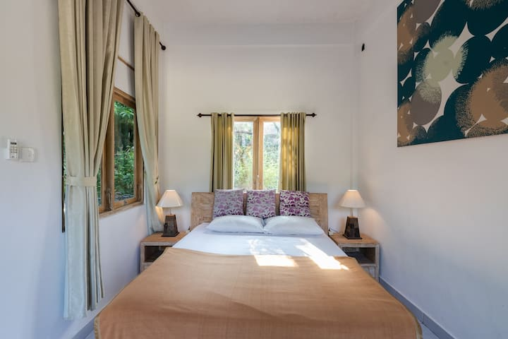 Cheap guest house in ubud ,friendly host, BALENI 2