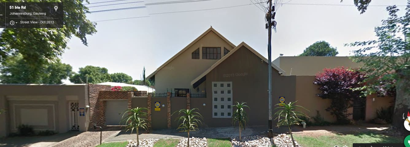 3 Bedroom House in Norwood JHB - Johannesburg - Huis