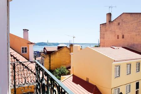 Bairro Alto /Bica Vista  Rio Tejo - Lissabon - Appartement