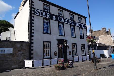 Star & Garter Hotel - Linlithgow - Wikt i opierunek