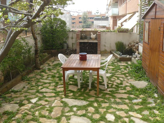 Apartment, parking and garden - Sant Feliu de Llobregat - Apartment